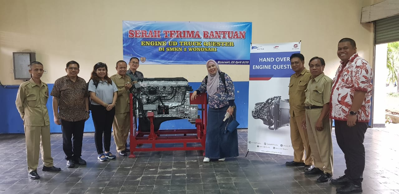 Astra UD Trucks Berbagi Ilmu bersama SMK Negeri 2 Wonosari