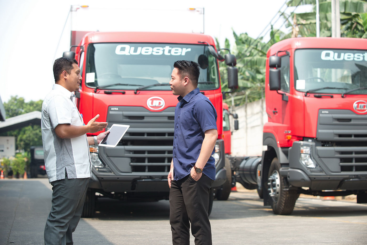 "Astra UD Trucks Realizing ""DRIVE FOR MORE"" Spirit for Customers"